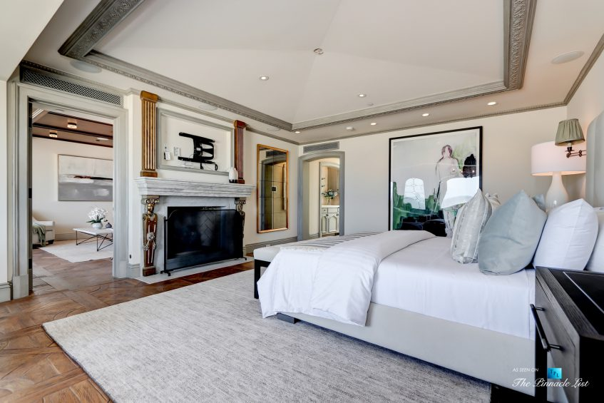 2806 The Strand, Hermosa Beach, CA, USA - Master Bedroom - Luxury Real Estate - Oceanfront Home