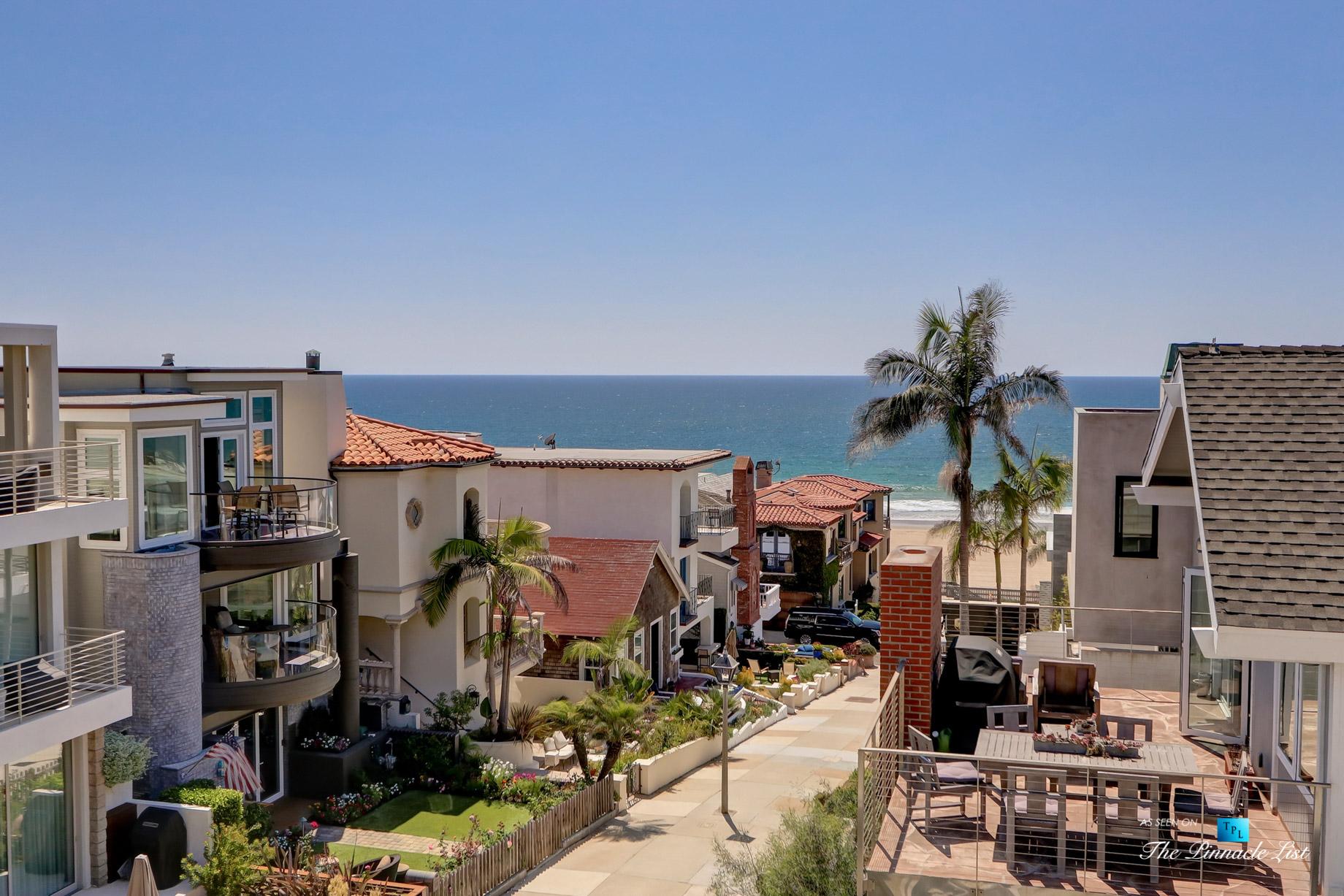 Luxury Real Estate - 205 20th Street, Manhattan Beach, CA, USA - Street Ocean View