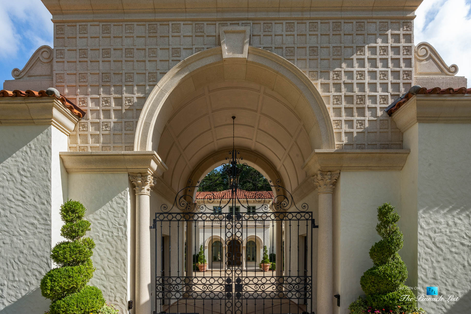 439 Blackland Rd NW, Atlanta, GA, USA – Front Gate Entrance – Luxury Real Estate – Berndsen Custom Mansion Home