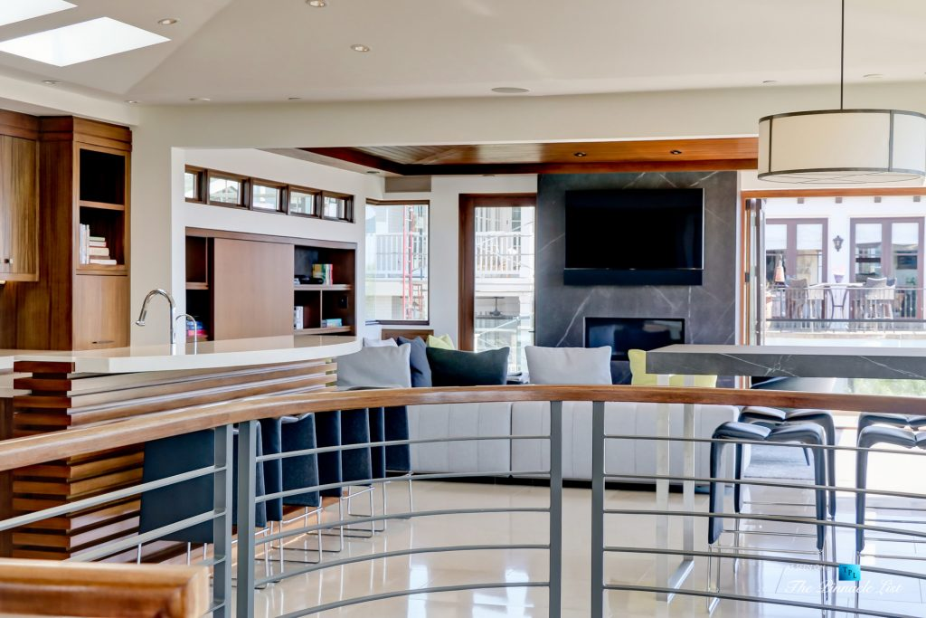 205 20th Street, Manhattan Beach, CA, USA - Kitchen and Living Room - Luxury Real Estate - Ocean View Home