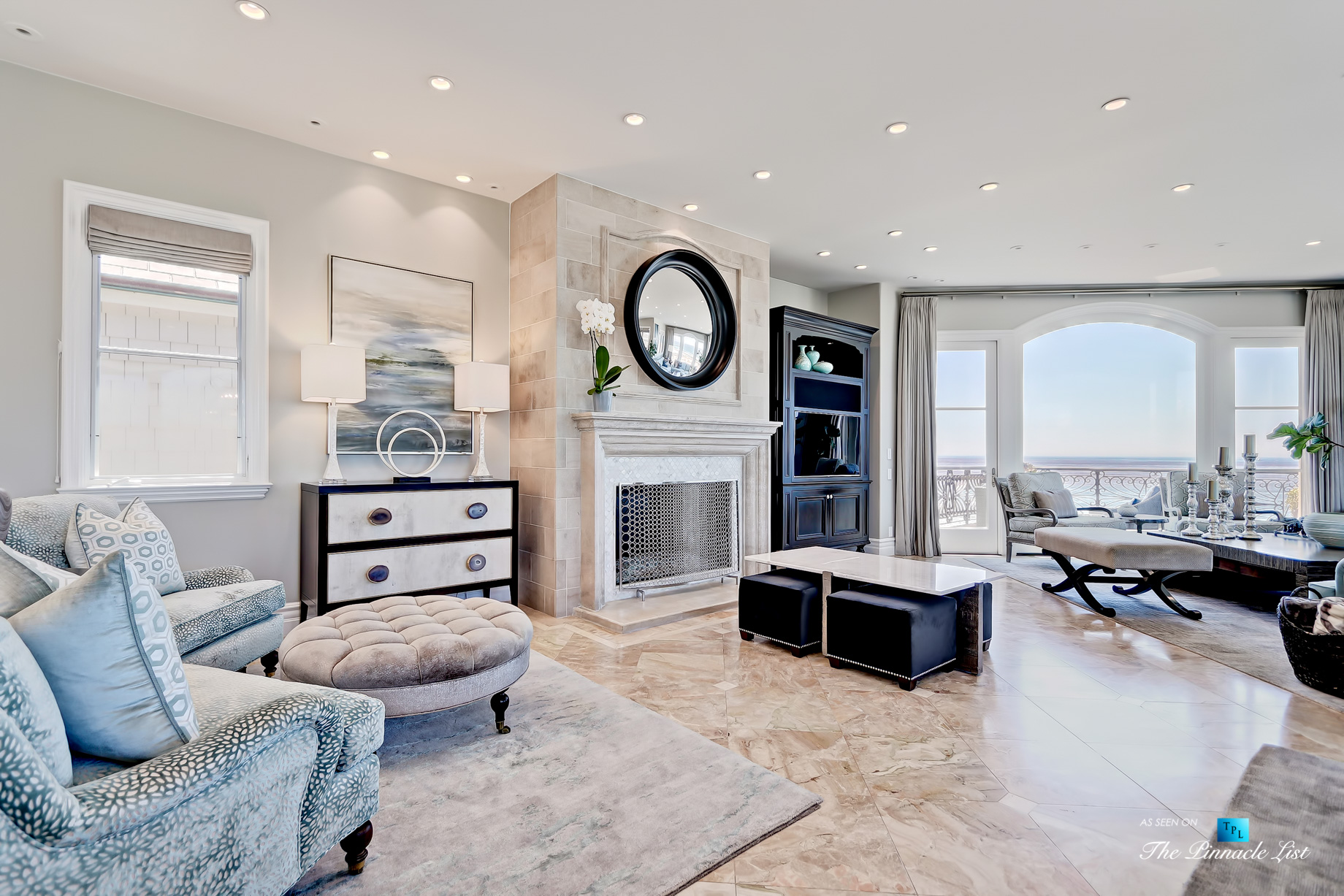 Luxury Real Estate - 1920 The Strand, Manhattan Beach, CA, USA - Living Room