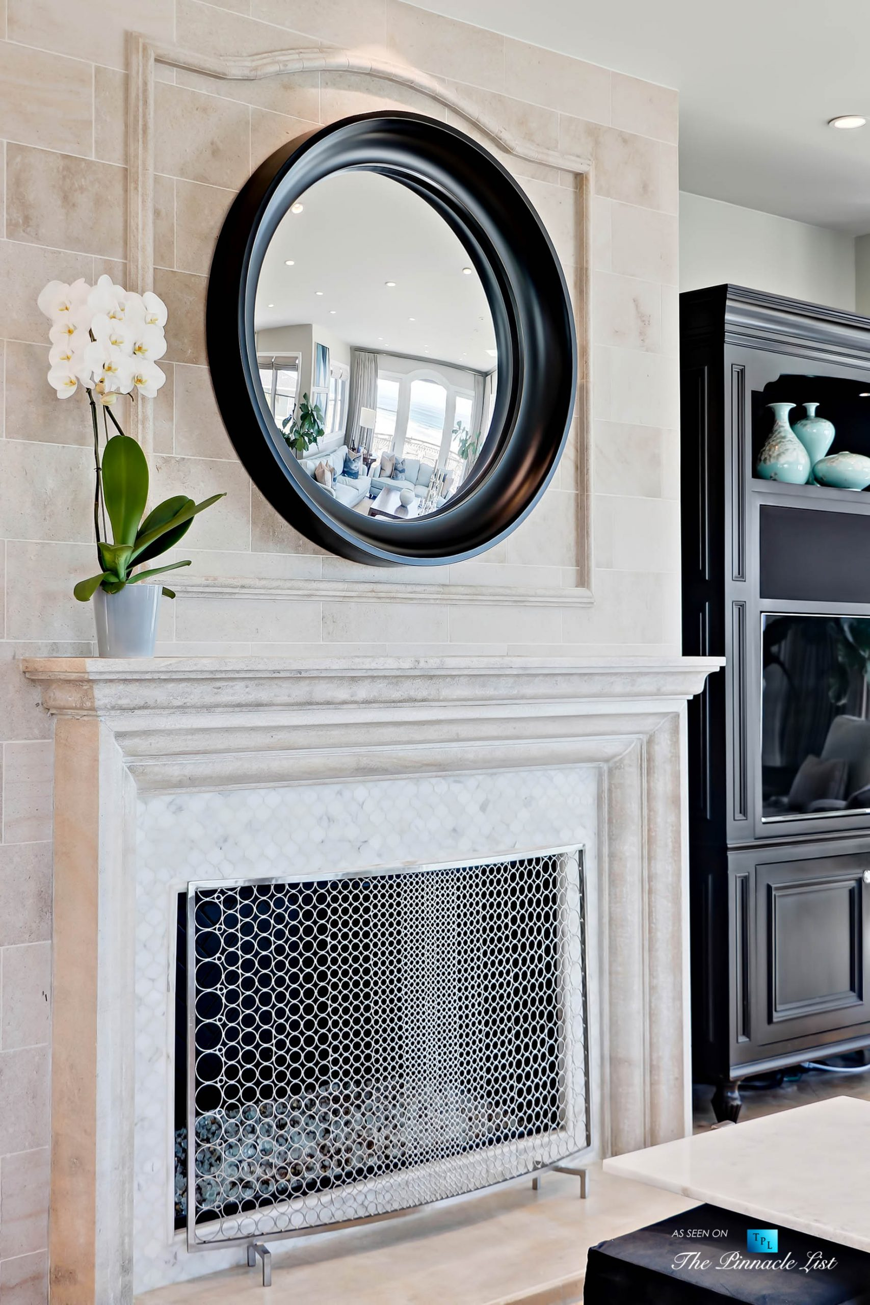 Luxury Real Estate - 1920 The Strand, Manhattan Beach, CA, USA - Living Room Fireplace