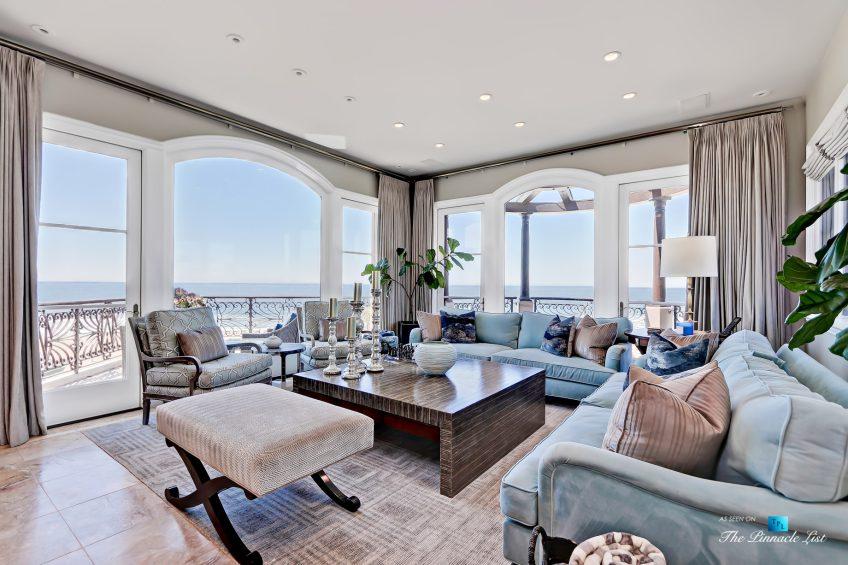 Luxury Real Estate - 1920 The Strand, Manhattan Beach, CA, USA - Living Room Ocean View