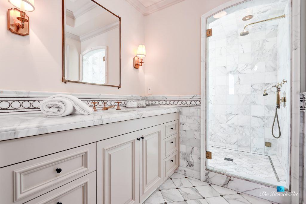 2806 The Strand, Hermosa Beach, CA, USA - Bathroom and Shower - Luxury Real Estate - Oceanfront Home