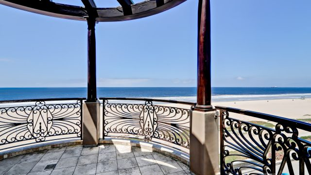 Luxury Real Estate - 1920 The Strand, Manhattan Beach, CA, USA - Ocean View Deck