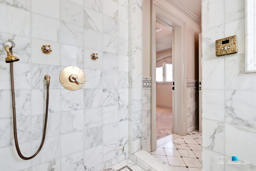 2806 The Strand, Hermosa Beach, CA, USA - Bathroom Shower - Luxury Real Estate - Oceanfront Home