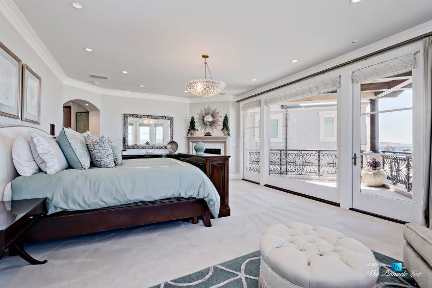 Luxury Real Estate - 1920 The Strand, Manhattan Beach, CA, USA - Master Bedroom