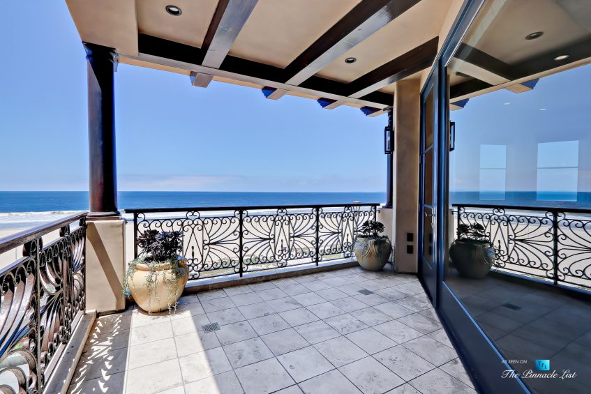 Luxury Real Estate - 1920 The Strand, Manhattan Beach, CA, USA - Master Bedroom Deck Ocean View