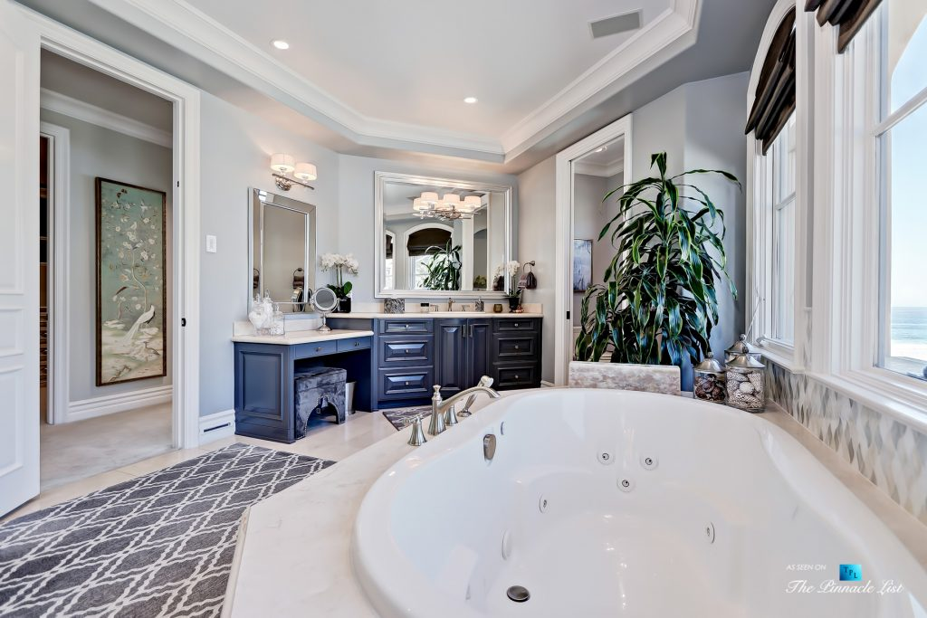 Luxury Real Estate - 1920 The Strand, Manhattan Beach, CA, USA - Master Bathroom