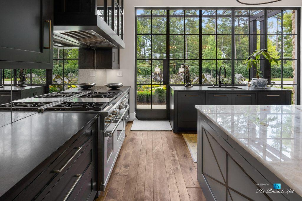 1150 W Garmon Rd, Atlanta, GA, USA - Luxurious Kitchen with Window View - Luxury Real Estate - Buckhead Estate Home
