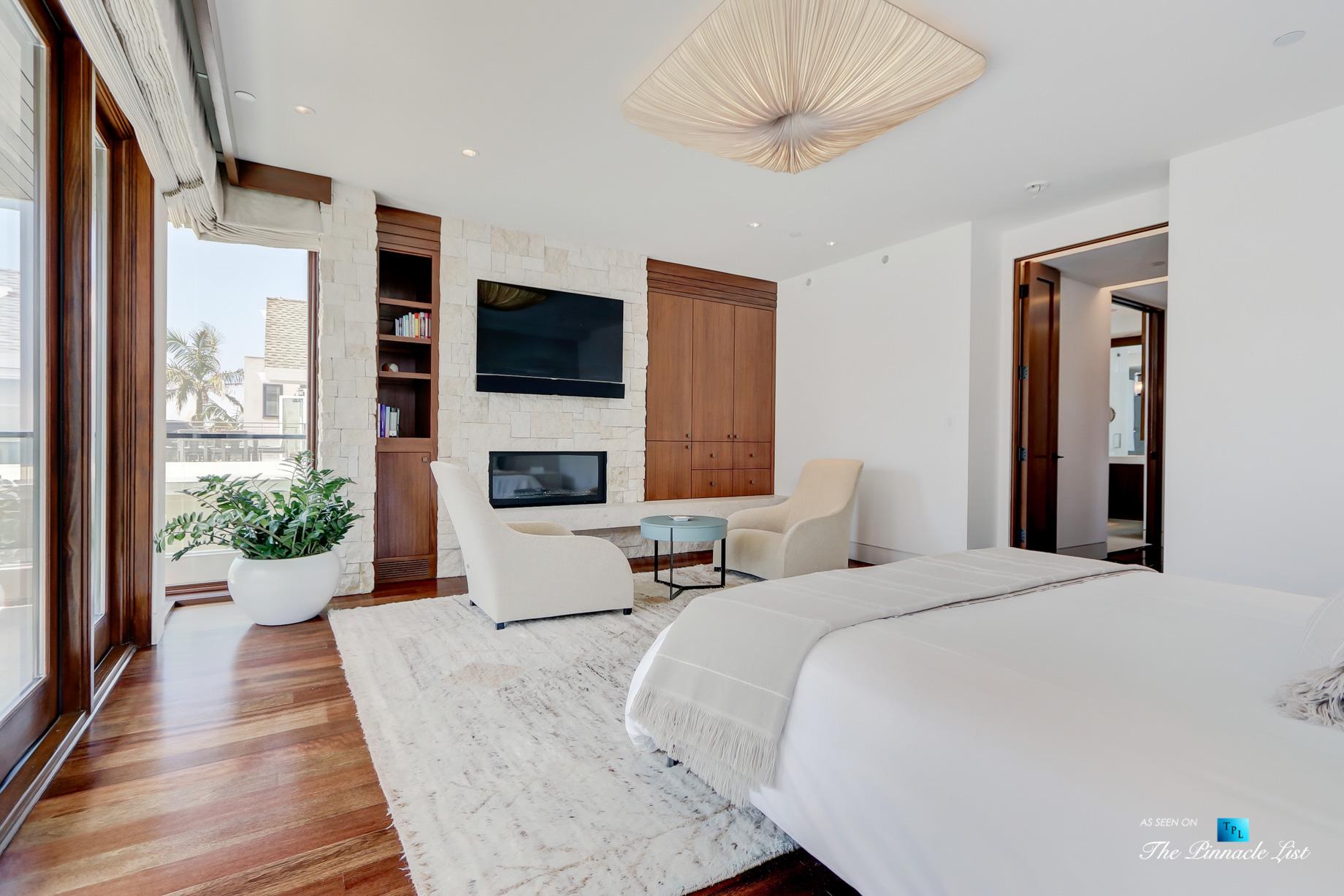 Luxury Real Estate - 205 20th Street, Manhattan Beach, CA, USA - Master Bedroom