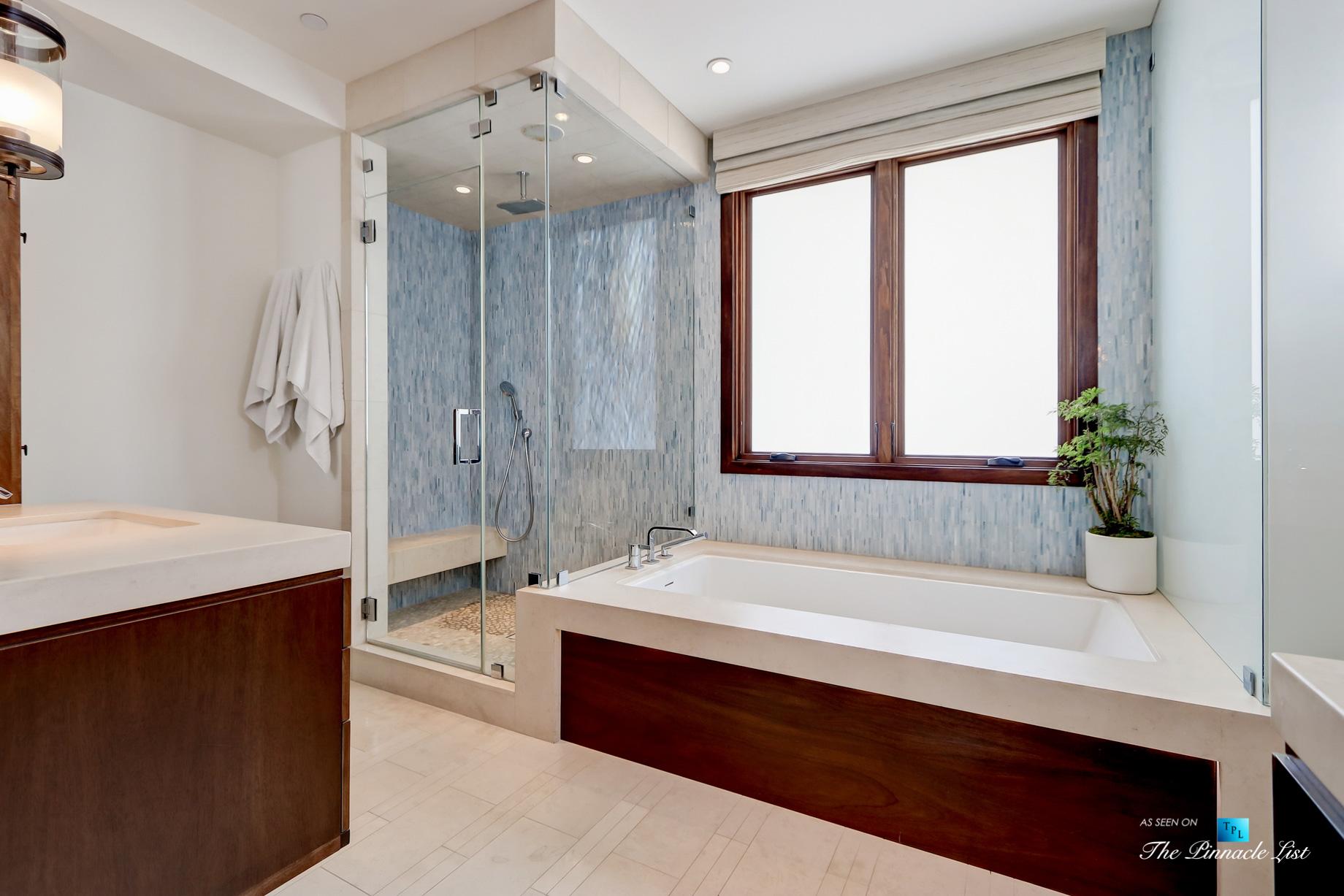 Luxury Real Estate - 205 20th Street, Manhattan Beach, CA, USA - Master Bathroom