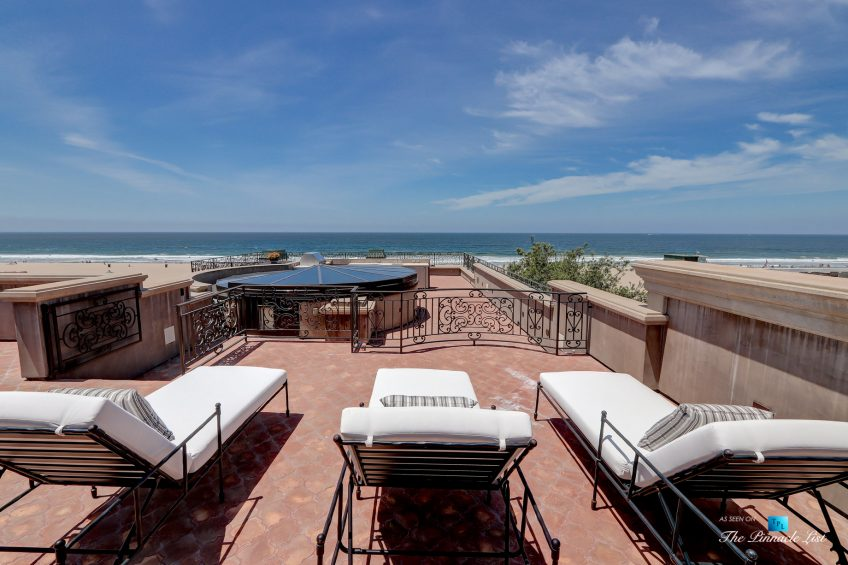 2806 The Strand, Hermosa Beach, CA, USA - Rooftop Sundeck Recliners - Luxury Real Estate - Oceanfront Home