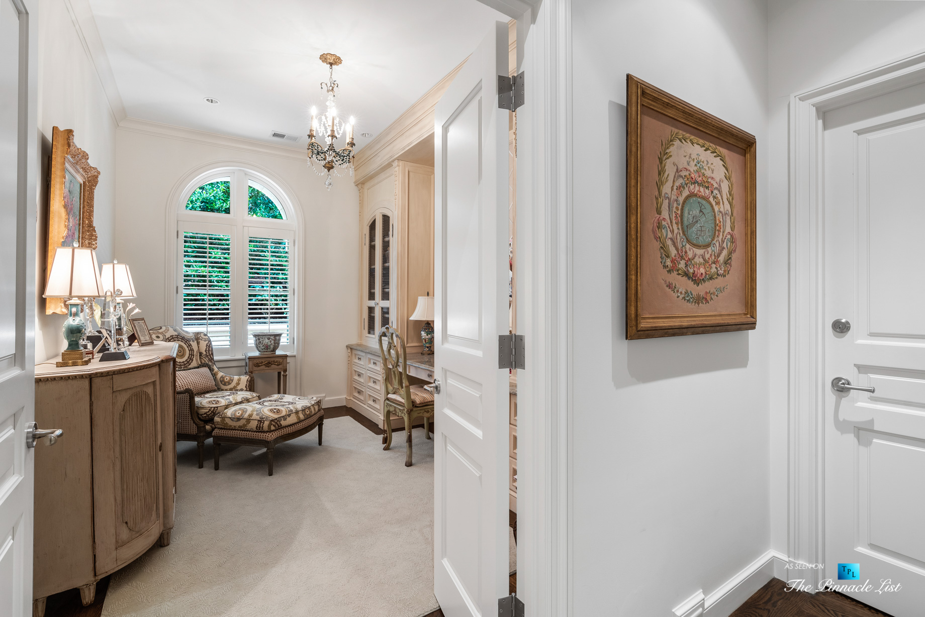439 Blackland Rd NW, Atlanta, GA, USA - Private Sitting Area - Luxury Real Estate - Tuxedo Park Mediterranean Mansion Home