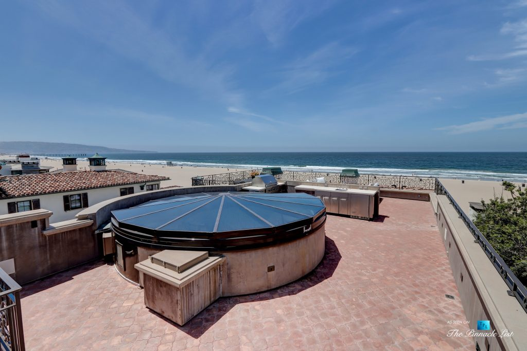 2806 The Strand, Hermosa Beach, CA, USA - Rooftop Sundeck with Kitchen - Luxury Real Estate - Oceanfront Home