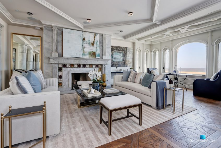 2806 The Strand, Hermosa Beach, CA, USA - Living Room - Luxury Real Estate - Oceanfront Home