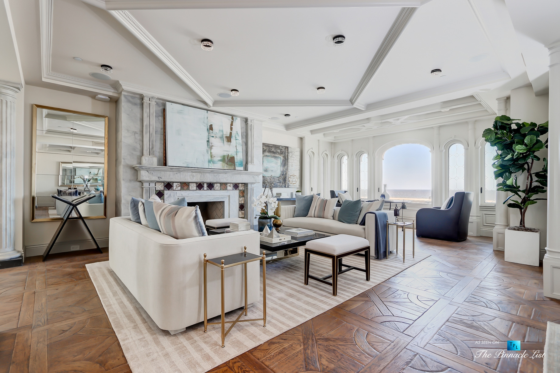 Luxury Real Estate - 2806 The Strand, Hermosa Beach, CA, USA - Living Room