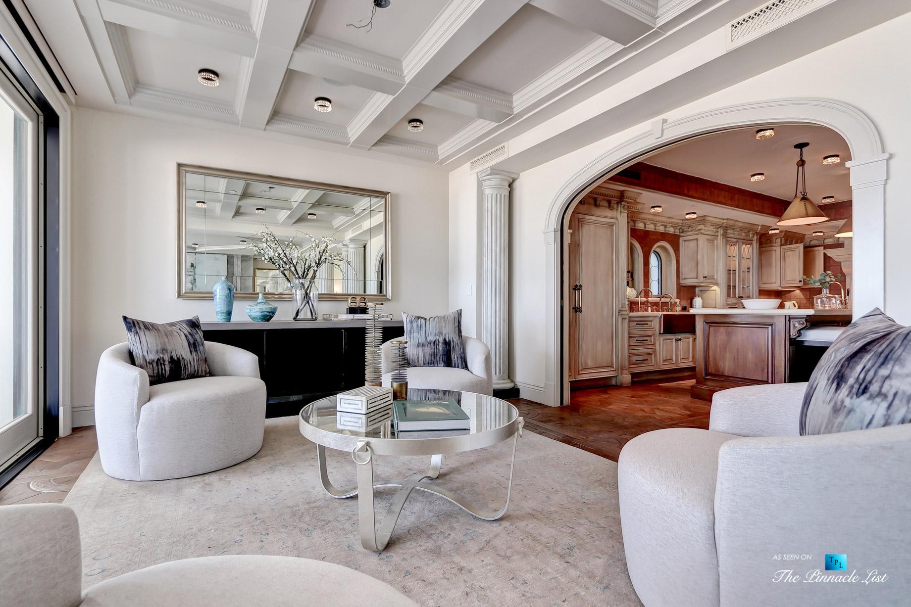 Luxury Real Estate - 2806 The Strand, Hermosa Beach, CA, USA - Kitchen Nook