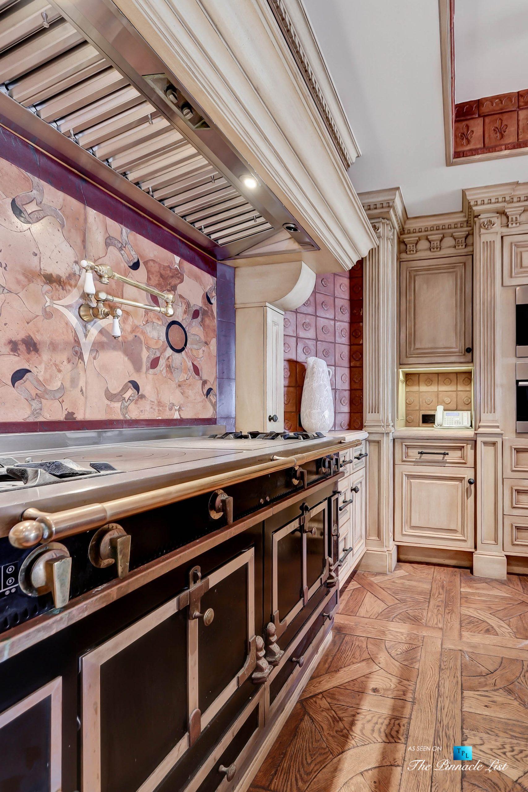 Luxury Real Estate - 2806 The Strand, Hermosa Beach, CA, USA - Kitchen