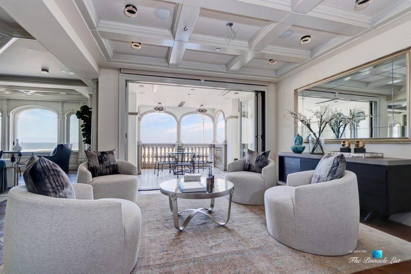 2806 The Strand, Hermosa Beach, CA, USA - Sitting Area - Luxury Real Estate - Oceanfront Home