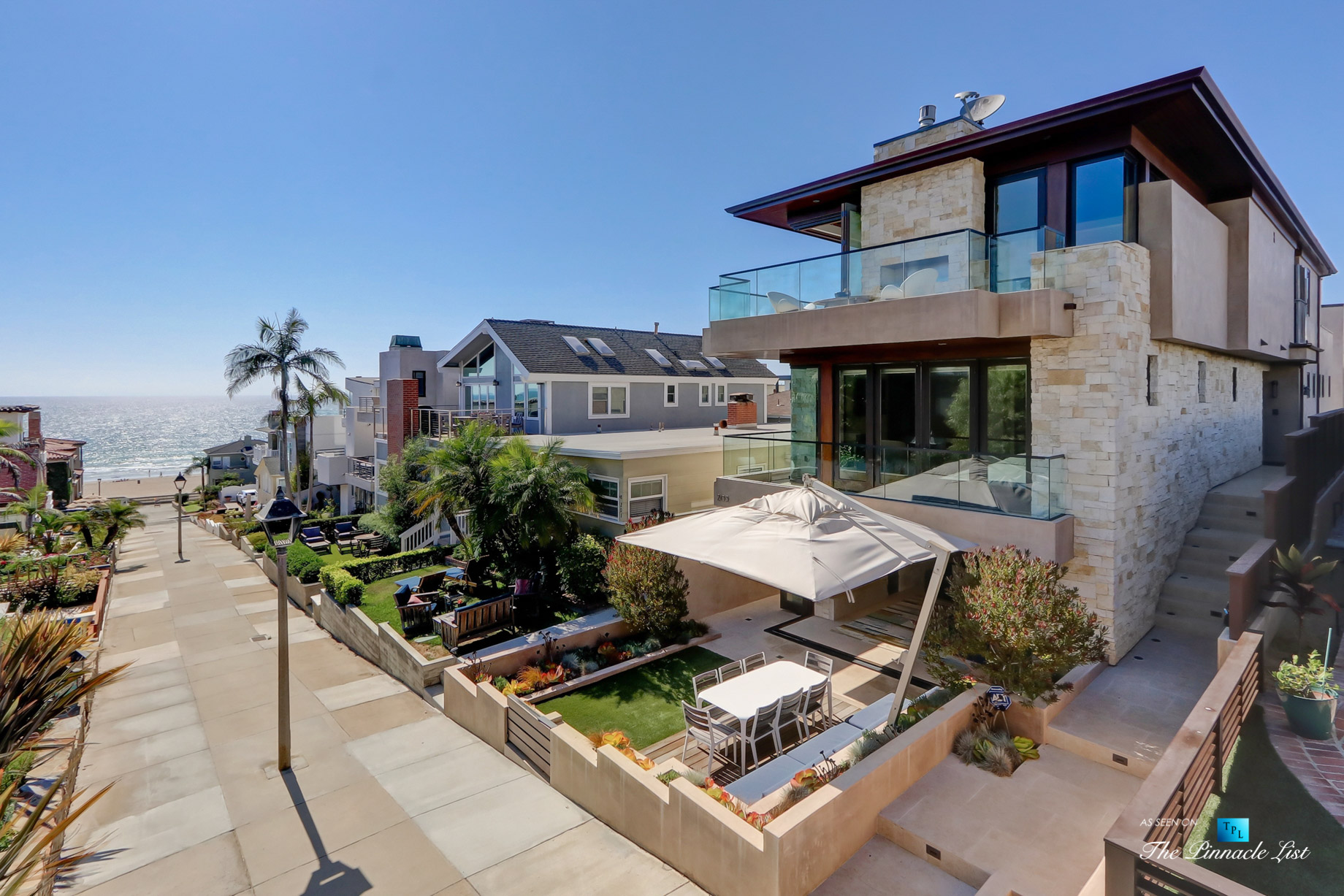 205 20th Street, Manhattan Beach, CA, USA – Front Street Exterior – Luxury Real Estate – Ocean View Home