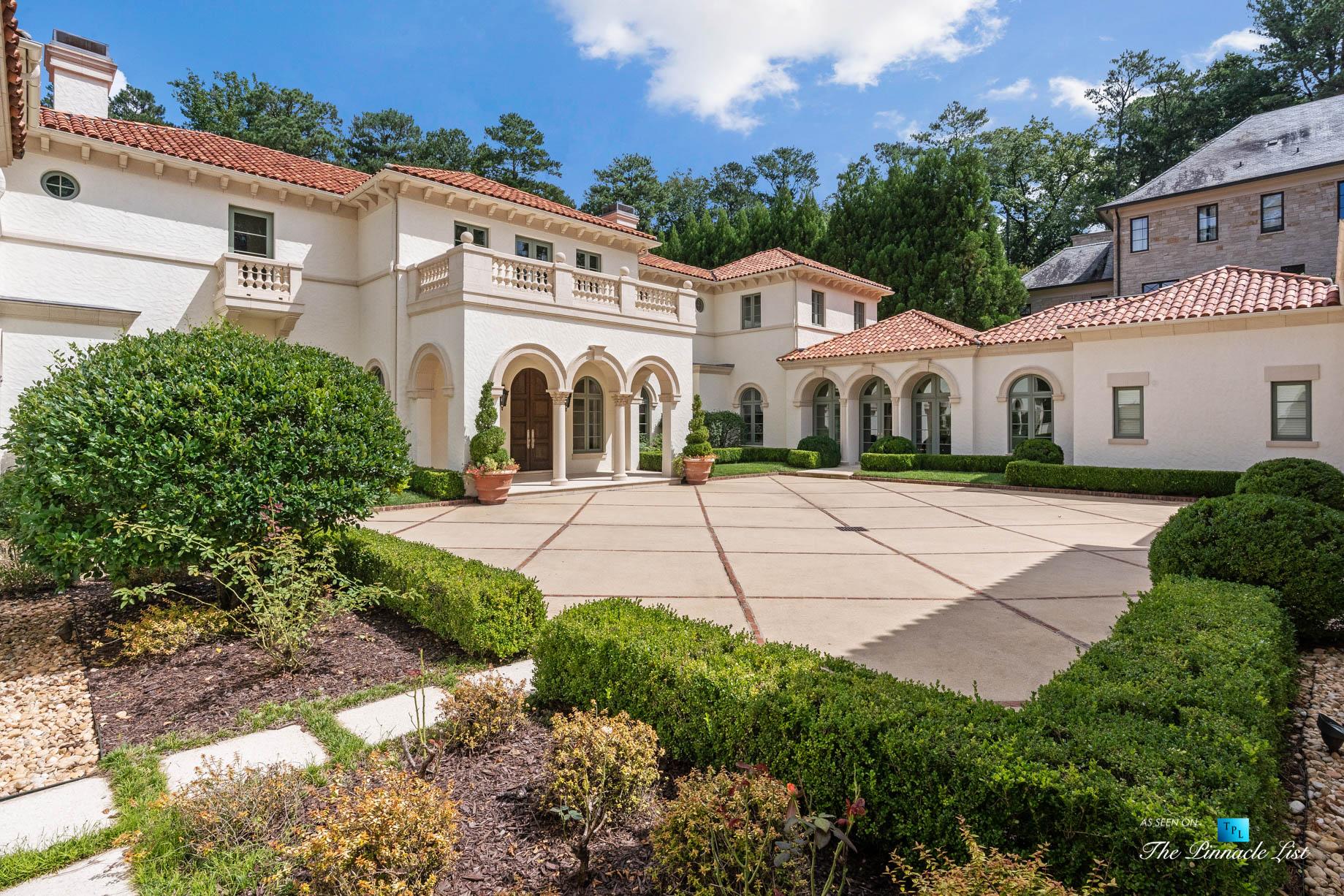 439 Blackland Rd NW, Atlanta, GA, USA - Inner Courtyard Driveway - Luxury Real Estate - Tuxedo Park Mediterranean Mansion Home