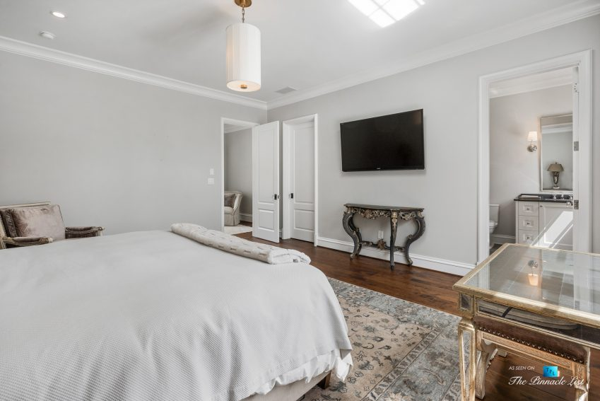 1150 W Garmon Rd, Atlanta, GA, USA - Bedroom and Bathroom - Luxury Real Estate - Buckhead Estate Home