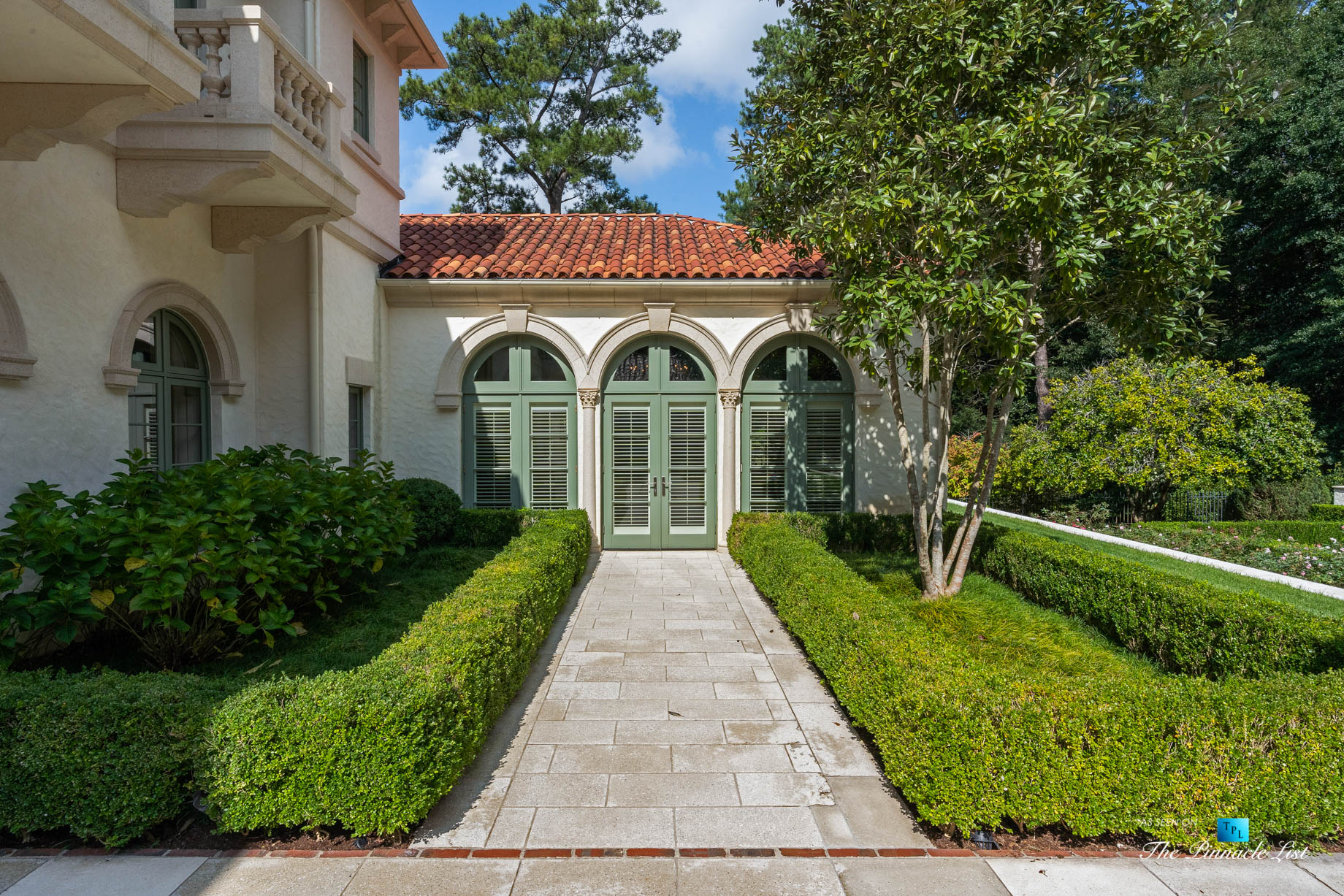 439 Blackland Rd NW, Atlanta, GA, USA – Property Landscaping Detail – Luxury Real Estate – Tuxedo Park Mediterranean Mansion Home