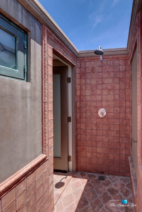 2806 The Strand, Hermosa Beach, CA, USA - Private Rooftop Deck Shower - Luxury Real Estate - Oceanfront Home