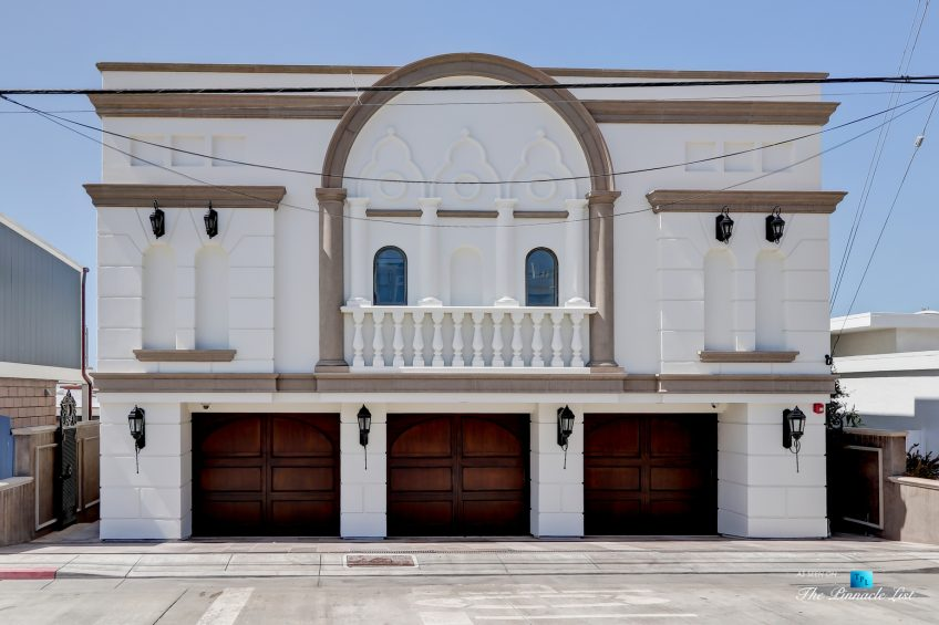 2806 The Strand, Hermosa Beach, CA, USA - Rear Garage - Luxury Real Estate - Oceanfront Home