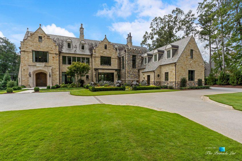 1150 W Garmon Rd, Atlanta, GA, USA - Front Property Grounds Driveway - Luxury Real Estate - Buckhead Estate House