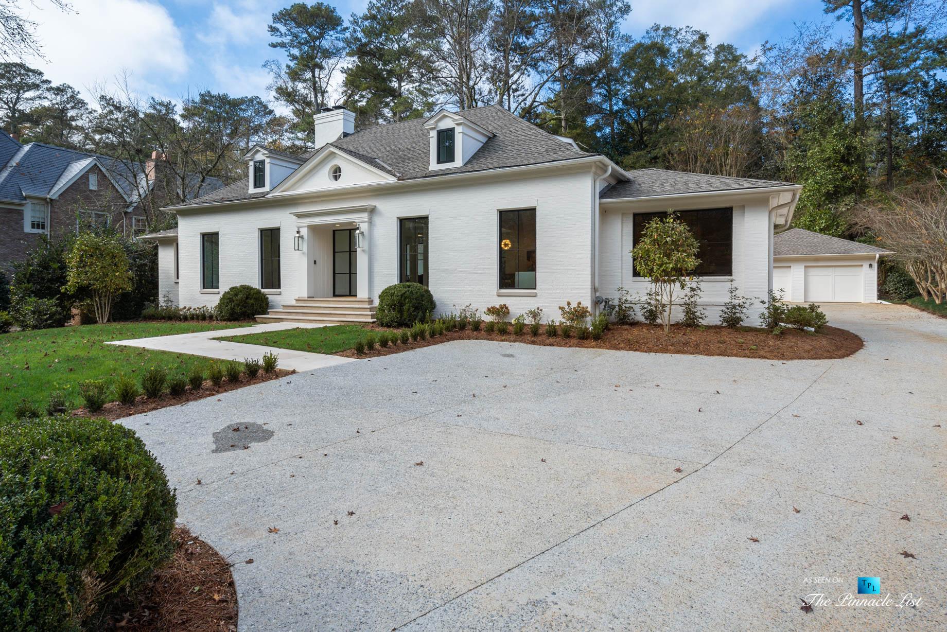 447 Valley Rd NW, Atlanta, GA, USA – Front Parking Exterior – Luxury Real Estate – Tuxedo Park Home