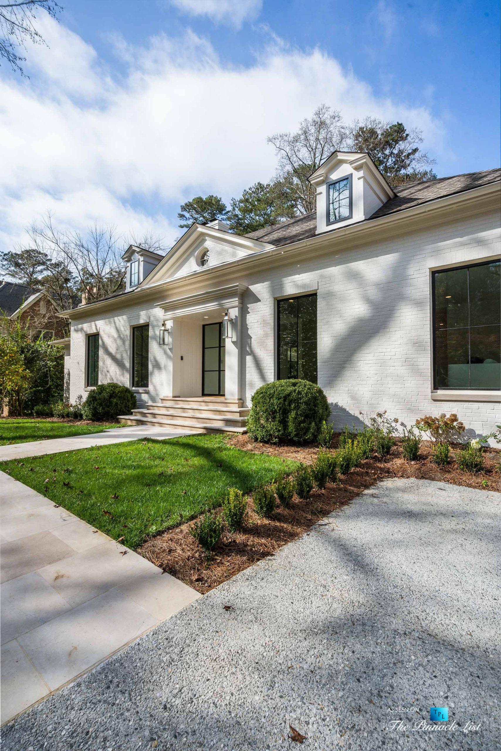 447 Valley Rd NW, Atlanta, GA, USA – Front Entrance Exterior – Luxury Real Estate – Tuxedo Park Home