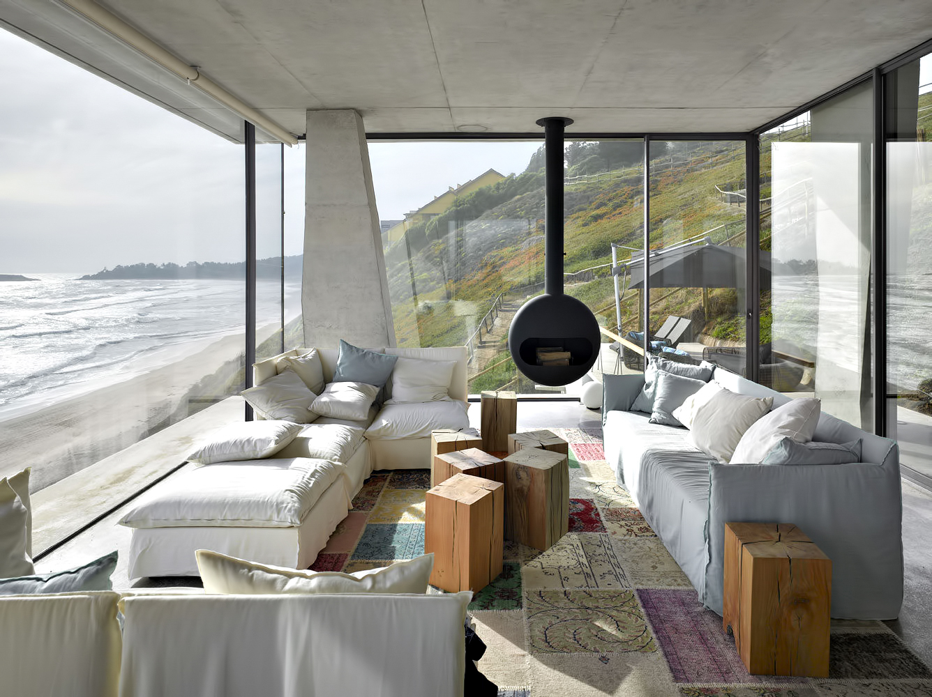 Ghat Luxury Beach House – Zapallar, Chile
