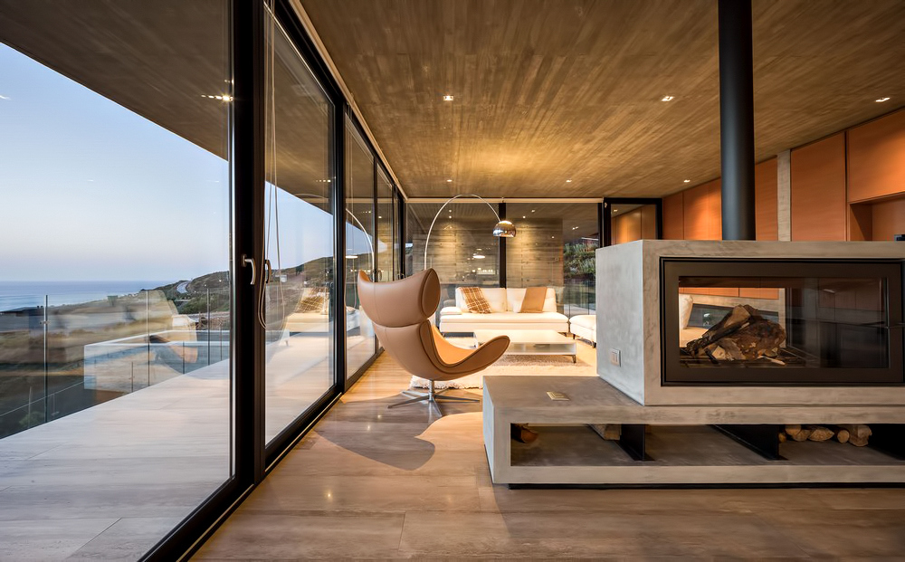 House H Luxury Residence – Zapallar, Chile