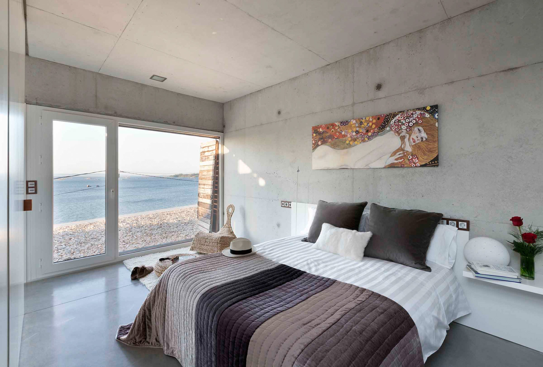 Dezanove Luxury House Residence – Galicia, Spain