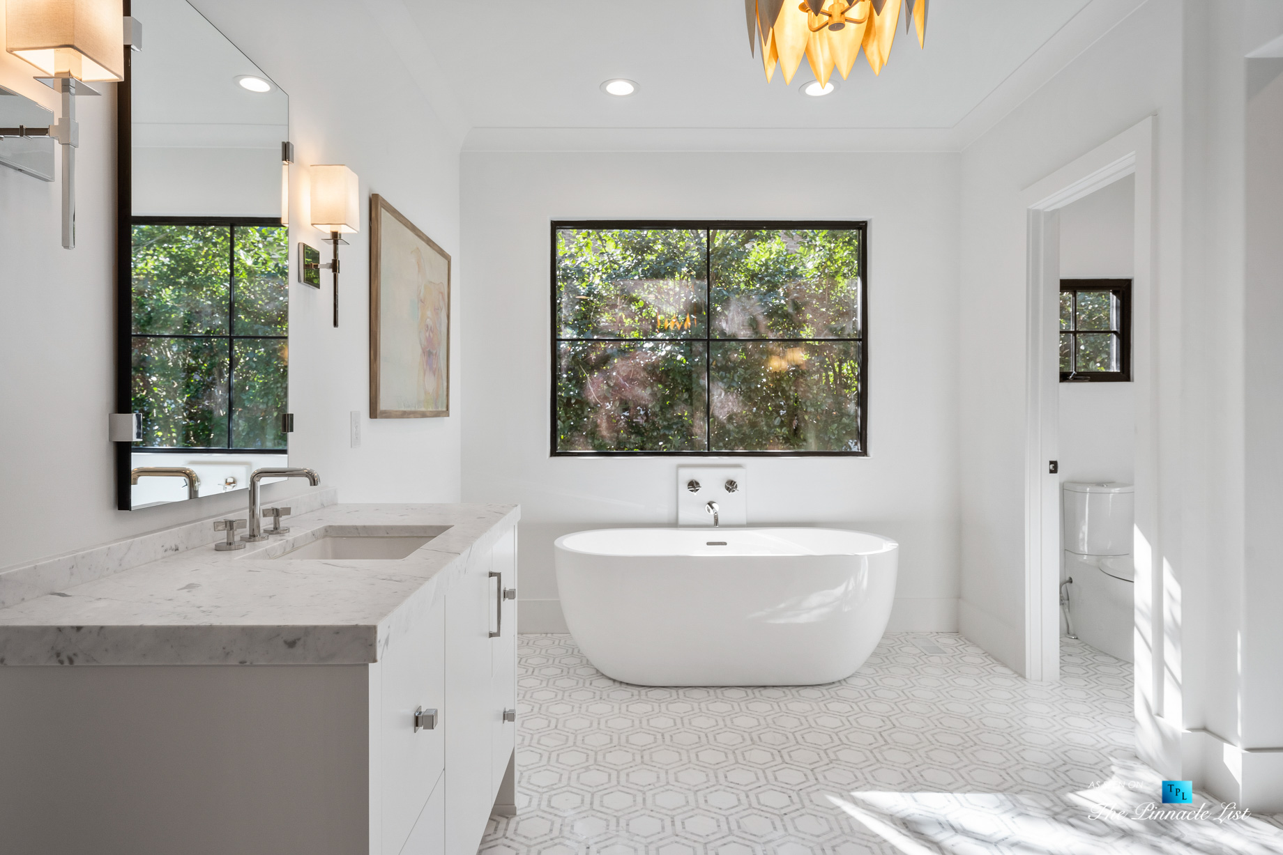 447 Valley Rd NW, Atlanta, GA, USA - Master Bathroom Freestanding Tub - Luxury Real Estate - Tuxedo Park Home