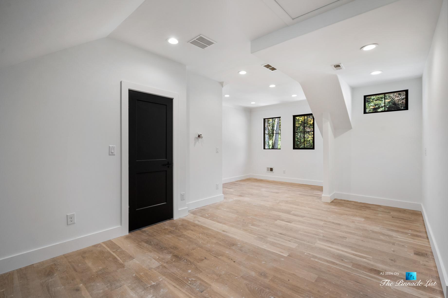 447 Valley Rd NW, Atlanta, GA, USA – Loft Living Area – Luxury Real Estate – Tuxedo Park Home