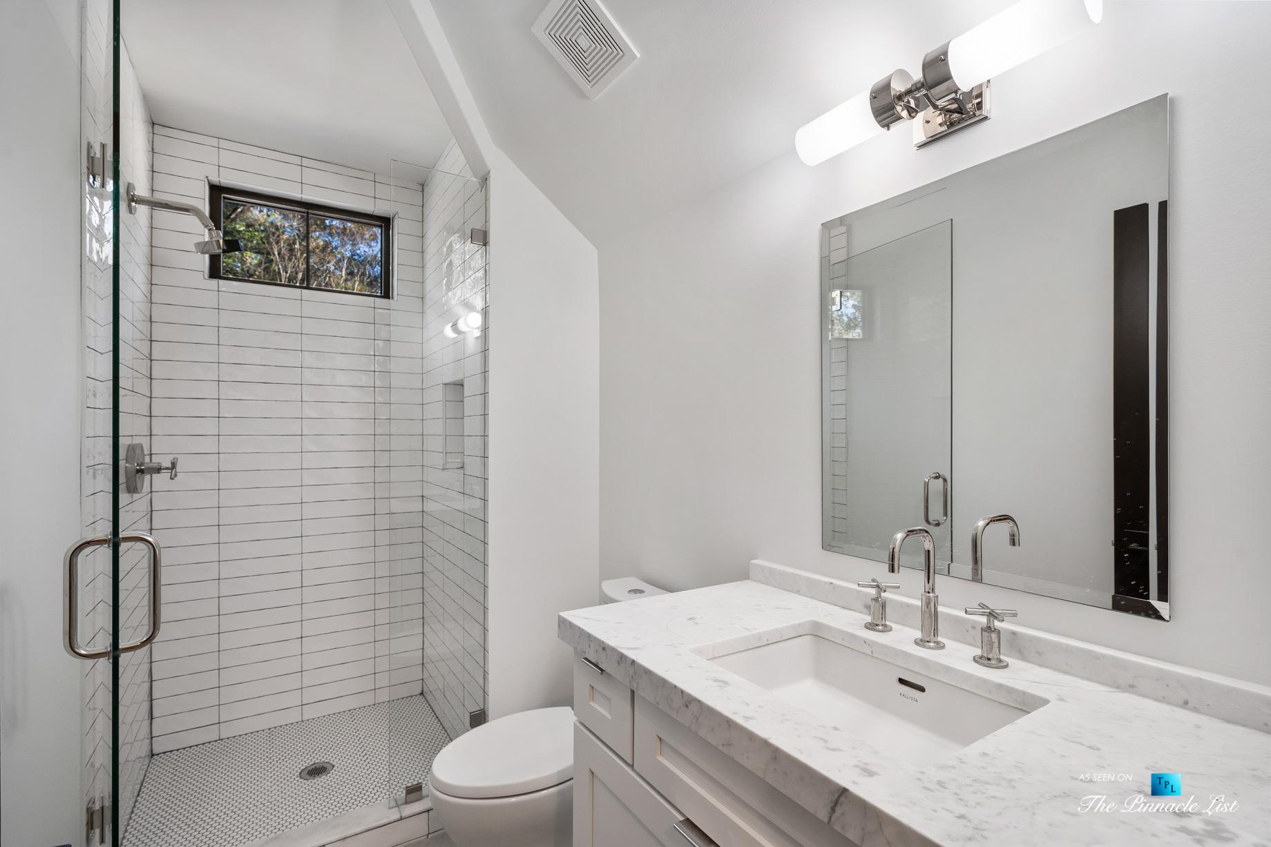 447 Valley Rd NW, Atlanta, GA, USA - Washroom and Shower - Luxury Real Estate - Tuxedo Park Home