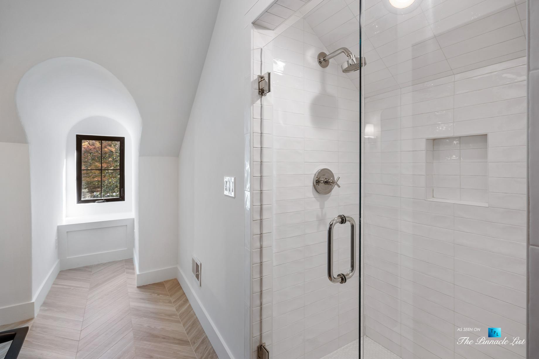 447 Valley Rd NW, Atlanta, GA, USA - Loft Living Area - Luxury Real Estate - Tuxedo Park Home