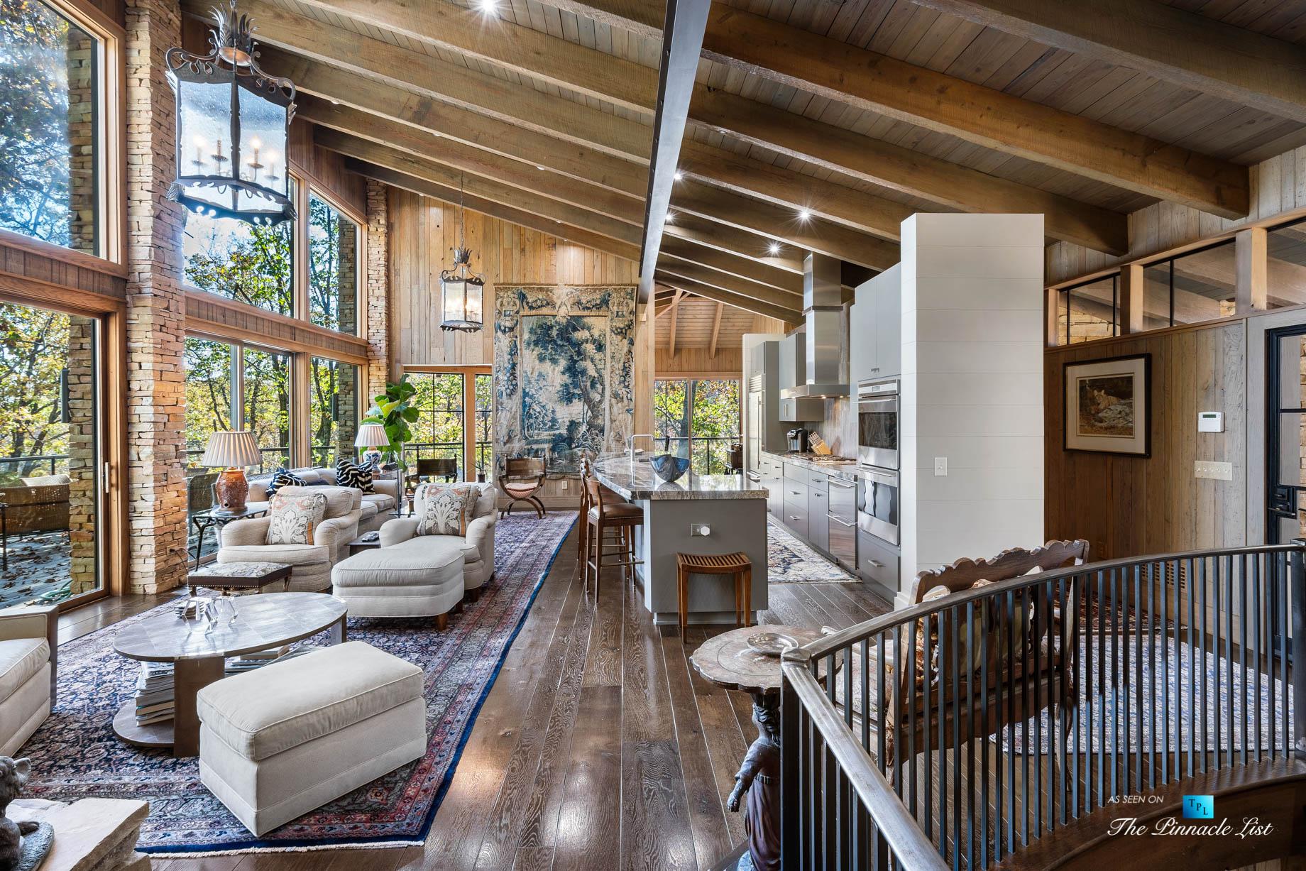 7860 Chestnut Hill Rd, Cumming, GA, USA – Living Room and Kitchen – Luxury Real Estate – Lake Lanier Mid-Century Modern Stone Home