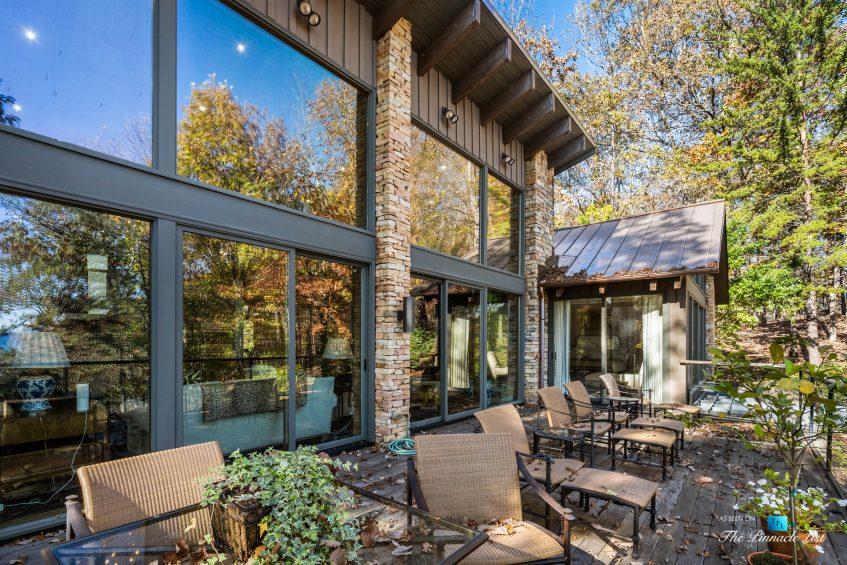 7860 Chestnut Hill Rd, Cumming, GA, USA - Deck Lake View - Luxury Real Estate - Lake Lanier Mid-Century Modern Stone Home