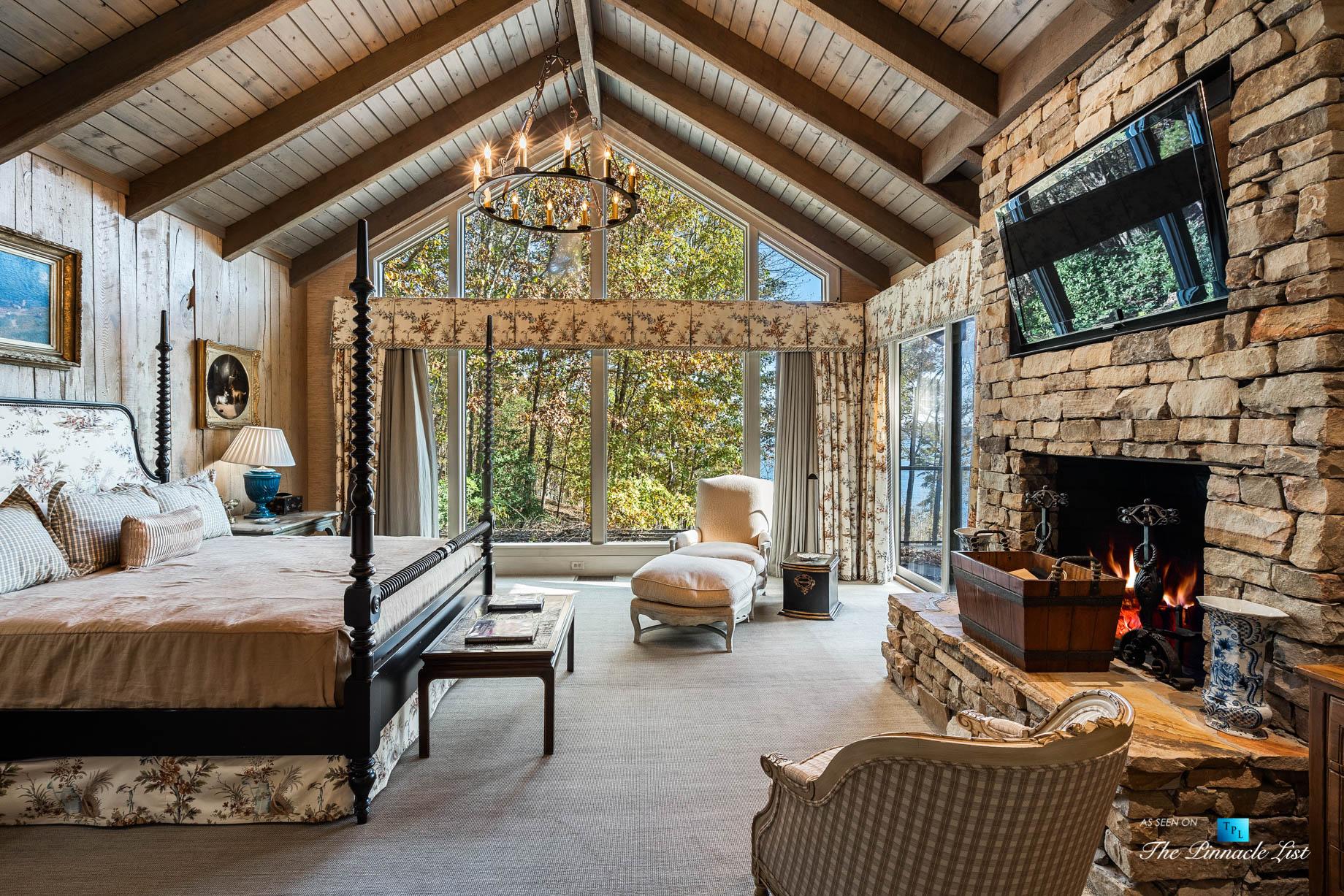 7860 Chestnut Hill Rd, Cumming, GA, USA - Master Bedroom - Luxury Real Estate - Lake Lanier Mid-Century Modern Stone Home