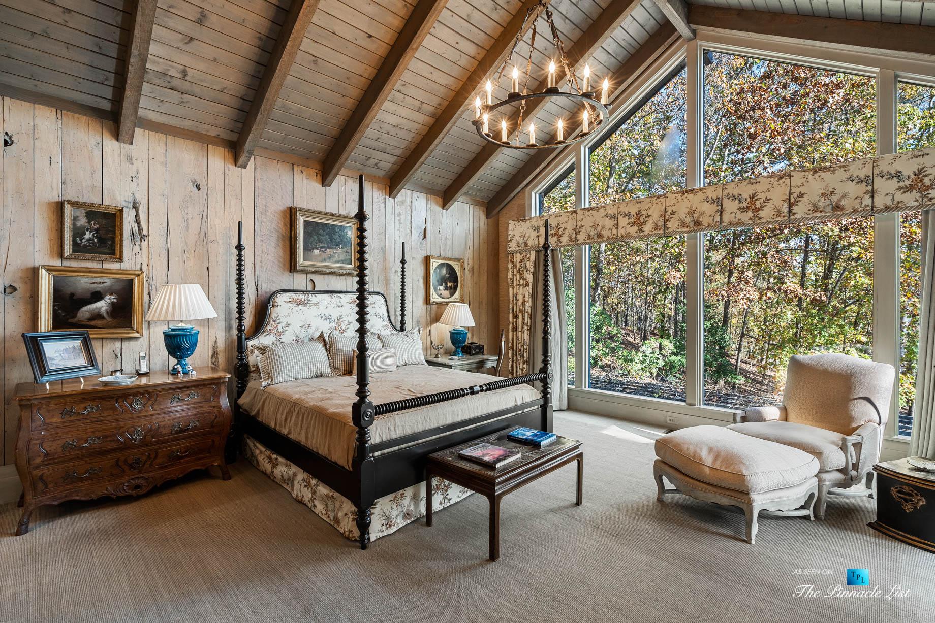 7860 Chestnut Hill Rd, Cumming, GA, USA – Master Bedroom – Luxury Real Estate – Lake Lanier Mid-Century Modern Stone Home