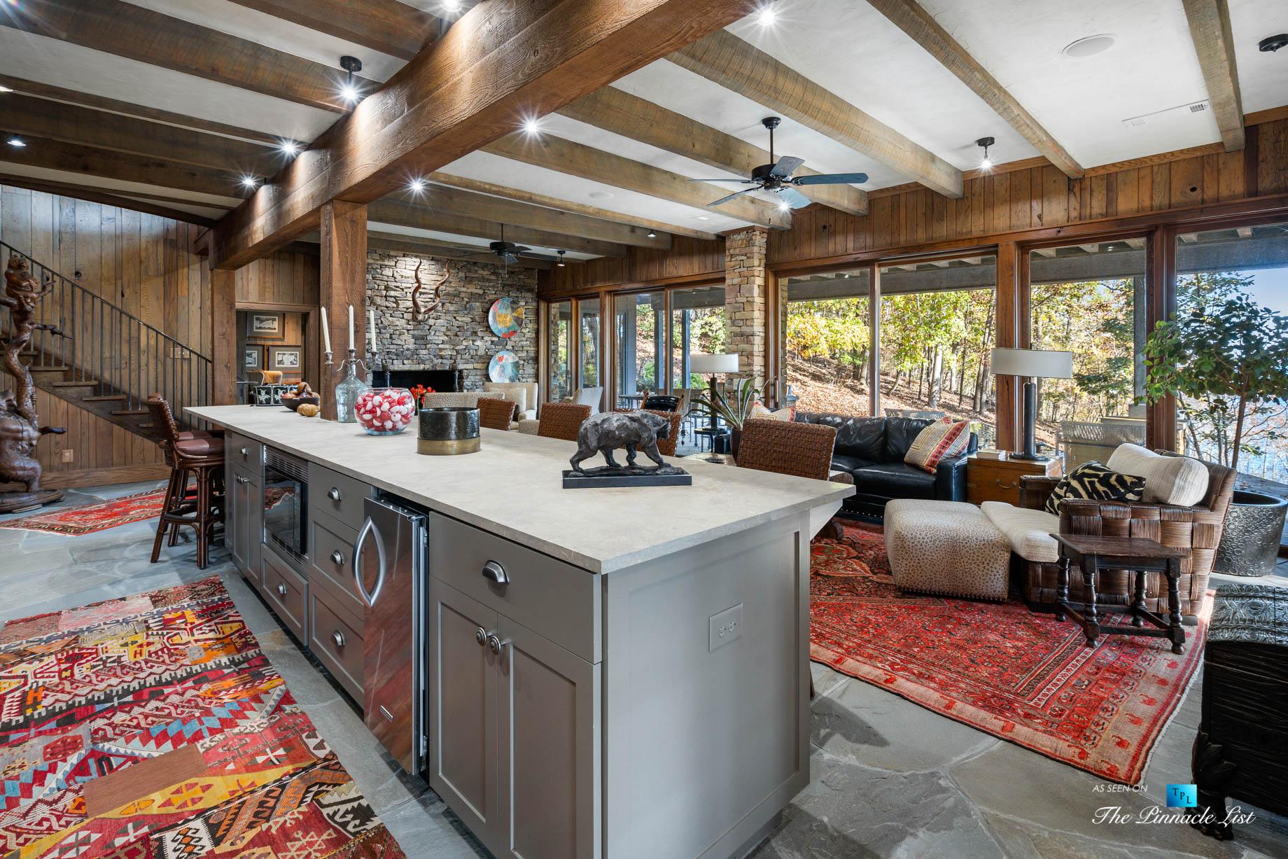 7860 Chestnut Hill Rd, Cumming, GA, USA – Recreation Room and Bar – Luxury Real Estate – Lake Lanier Mid-Century Modern Stone Home