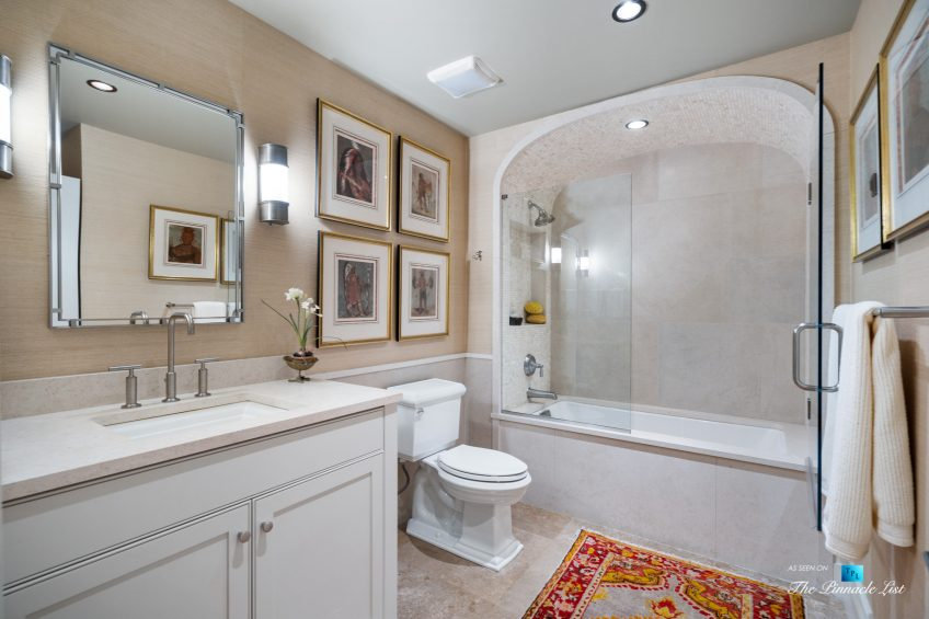 7860 Chestnut Hill Rd, Cumming, GA, USA - Washroom - Luxury Real Estate - Lake Lanier Mid-Century Modern Stone Home