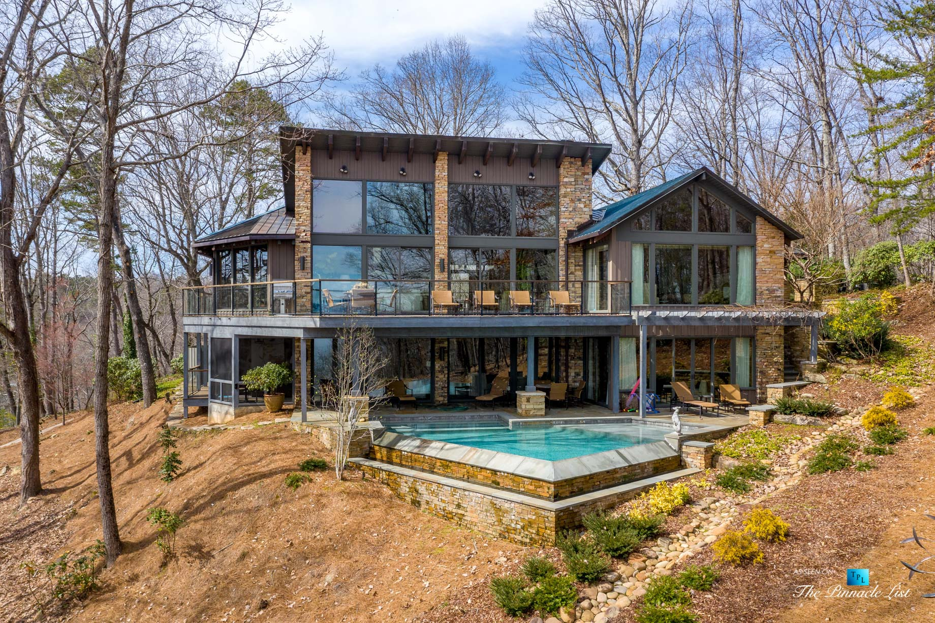 7860 Chestnut Hill Rd, Cumming, GA, USA – Exterior Deck and Pool – Luxury Real Estate – Lake Lanier Mid-Century Modern Stone Home