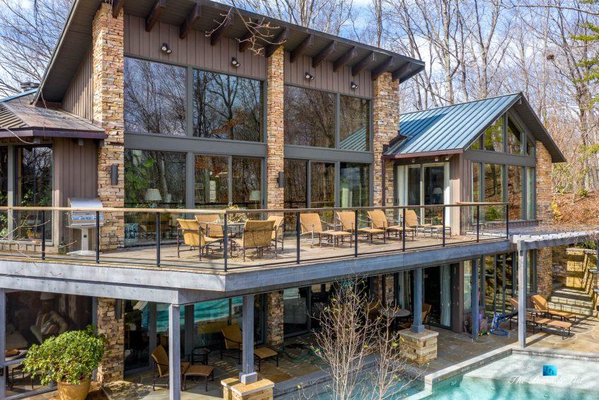 7860 Chestnut Hill Rd, Cumming, GA, USA - Exterior Deck - Luxury Real Estate - Lake Lanier Mid-Century Modern Stone Home