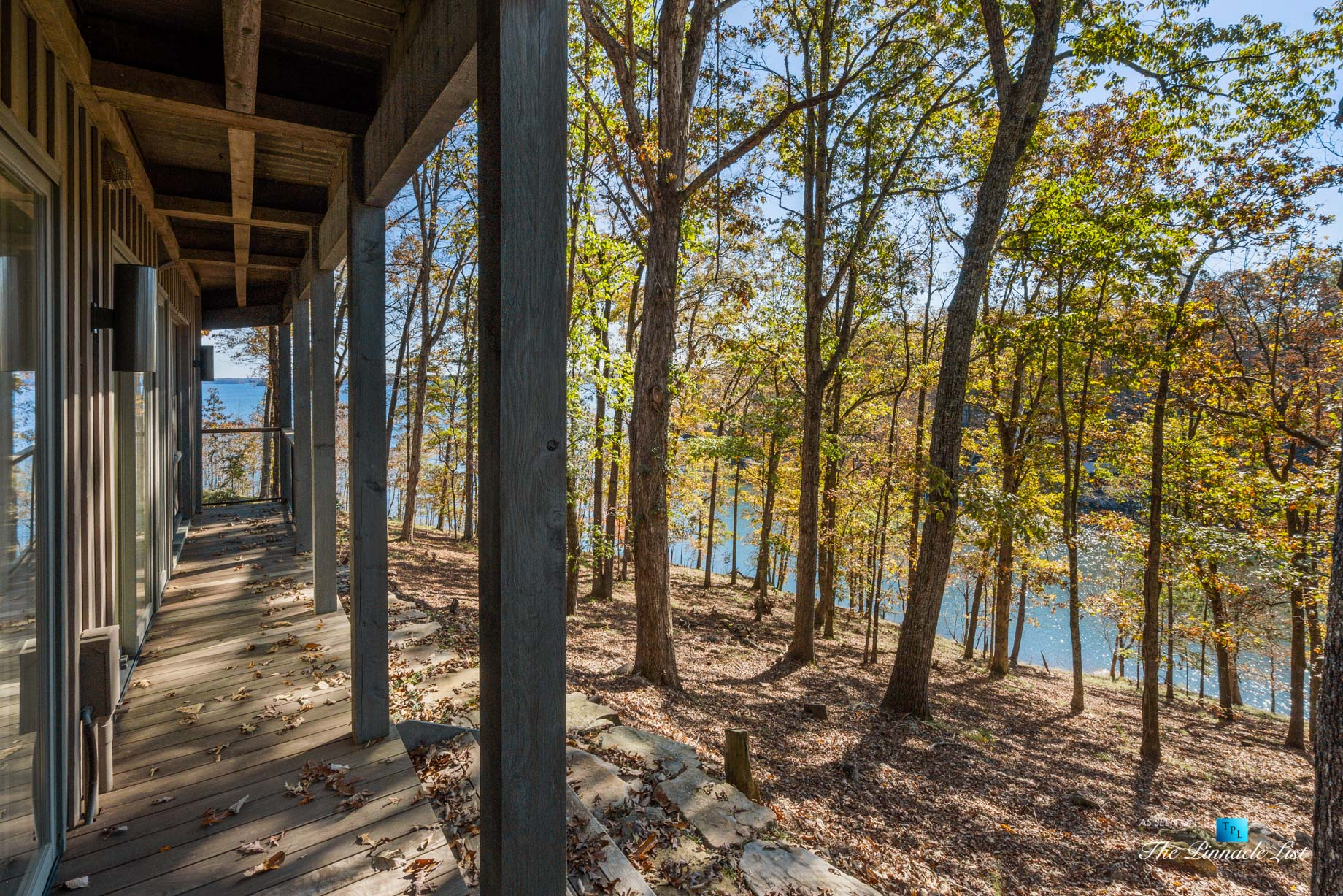 7860 Chestnut Hill Rd, Cumming, GA, USA – House Lake View – Luxury Real Estate – Lake Lanier Mid-Century Modern Stone Home