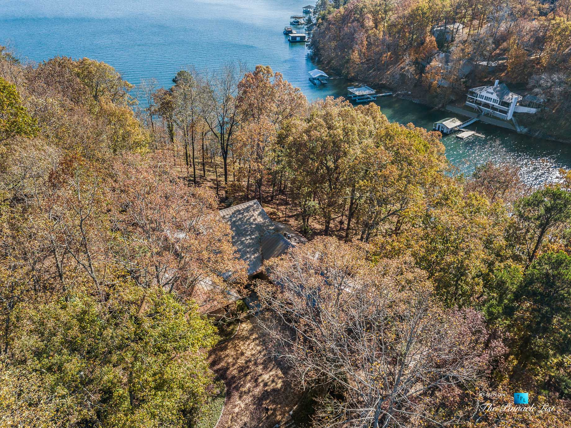 7860 Chestnut Hill Rd, Cumming, GA, USA - Drone Aerial Lake View - Luxury Real Estate - Lake Lanier Mid-Century Modern Stone Home